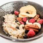 Domácí Burcher musli. Co vše dokážou super potraviny v jedné snídani?