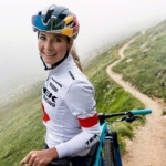 Emily Batty- místo olympiády putování po Islandu
