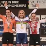 Sólo jízda zlaté Evie Richards, Británie slaví historicky první titul