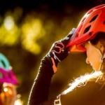 Jak vzniká cyklistická přilba? Není to jen o nápadu.