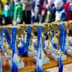 Stopa pro život jde do finále, šanci mají závodníci na běžkách i fatbicích.