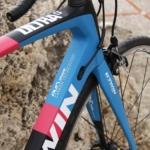Test B´Twin ULTRA 900 CF.  Karbonové potěšení v cyklistickém ráji