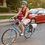 Cyklista na chodník nepatří. Nebo je to jinak?