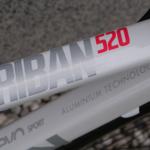 Decathlon B´Twin Triban 520. Pohledná, pohodlná, levná.