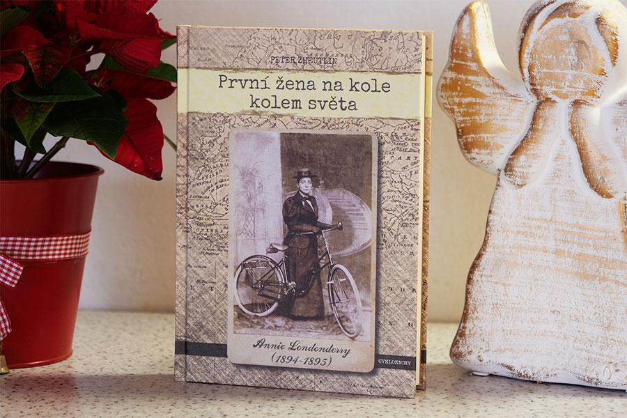 první žena na kole