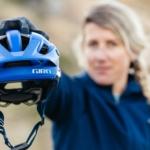 Giro představilo novinku: trailovou helmu Manifest Spherical